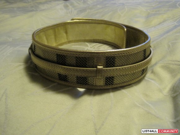 Burberry Gold Leather Belt Size XS PRICE JUST REDUCED!