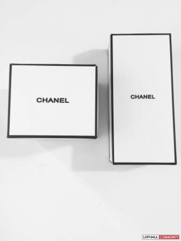 Chanel VIP gift Brush holder cosmetic box