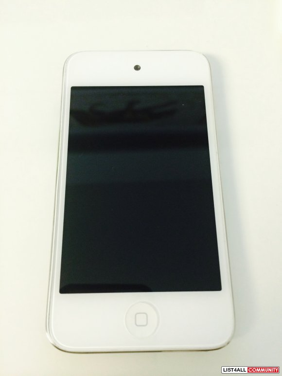 Apple White iPod Touch 4th Gen 8GB