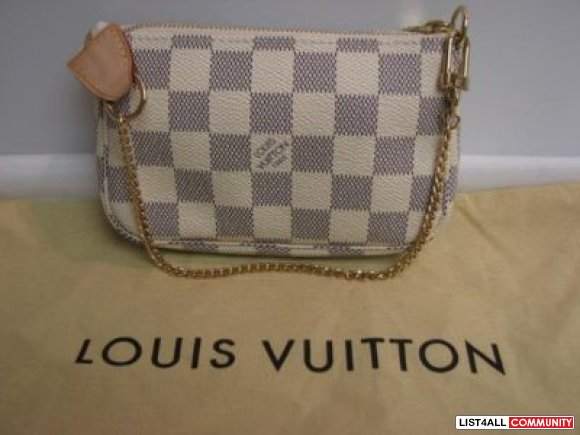 Like New 100% Authentic Louis Vuitton Damier Azur Mini Pochette