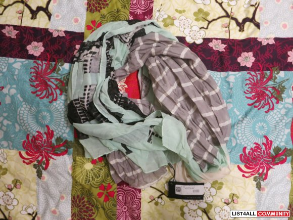 NWT Patterned Scarf
