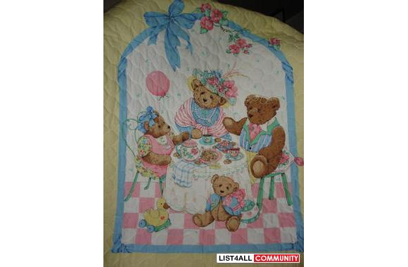 TEDDY BEAR'S PICNIC QUILTED BLANKET