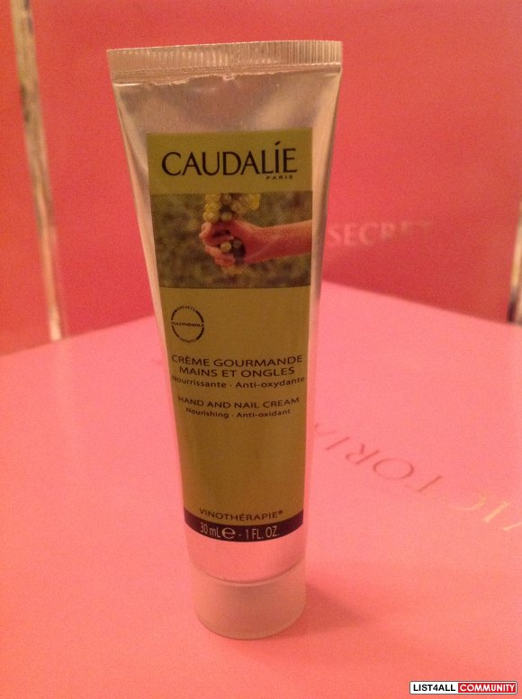 SALE $10 Caudalie Hand And Nail Cream