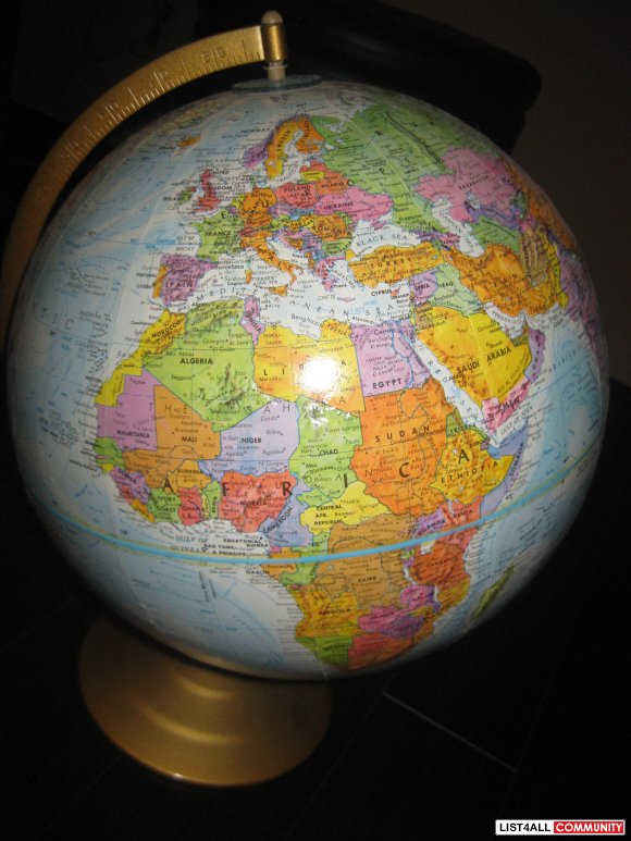 Explore the world with this GLOBE~~