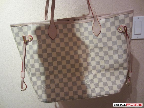 lv neverfull white