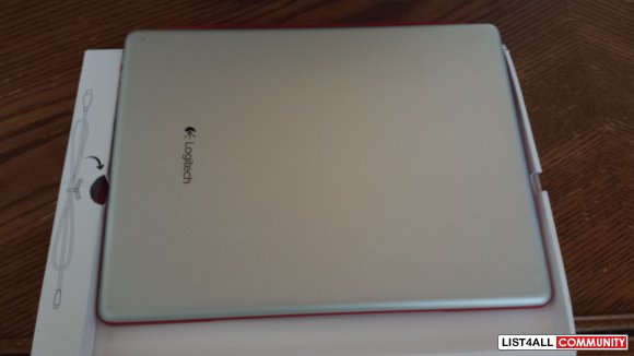Logitech ultrathin keyboard/cover for ipad  --REDUCEDDDD