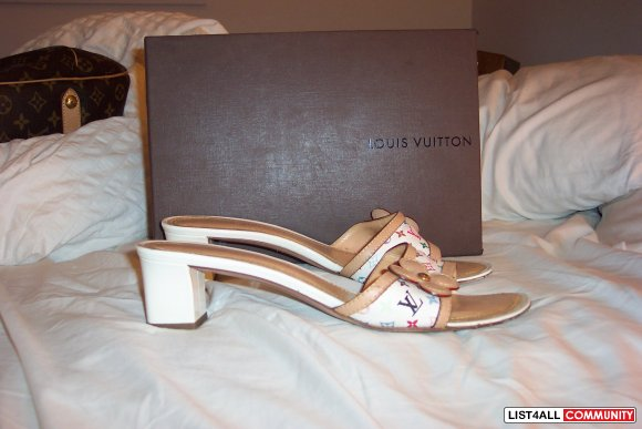 AUTHENTIC LOUIS VUITTON SANDALS - SIZE 10!!