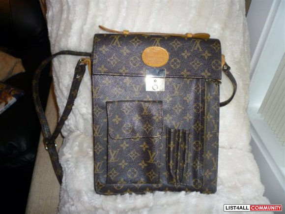 Louis Vuitton Rectangle Cross body bag, cell phone and pen holder