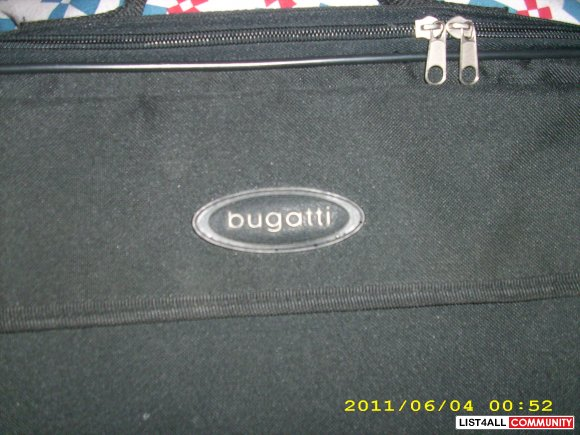 Bugatti laptop carry case