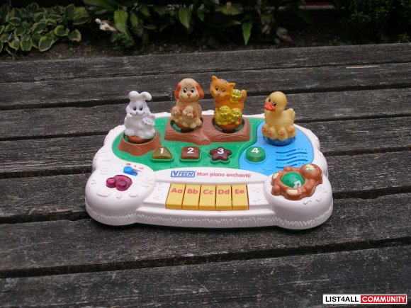"Vtech ""Mon piano enchanté"" abcd for toddlers - in french"