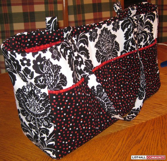 Damask Diaper bag with Divider